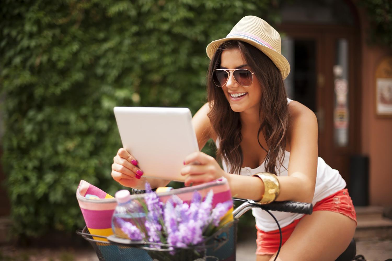 girl-tablet-bike